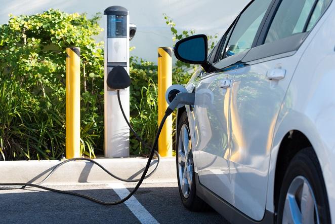 Heute gibt es das Elektroauto CityEL in ganz unterschiedlichen Modellen und Ausführungen, mit mannigfaltigen Ladetechniken, Antrieben und Batterien. (#04)
