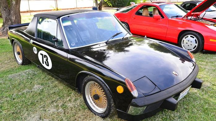 Neben dem bereits genannten Porsche 911 sollten Autofans auch ein anderes Modell nicht außer Acht lassen, wenn es denn unbedingt ein Porsche sein soll. (#03)
