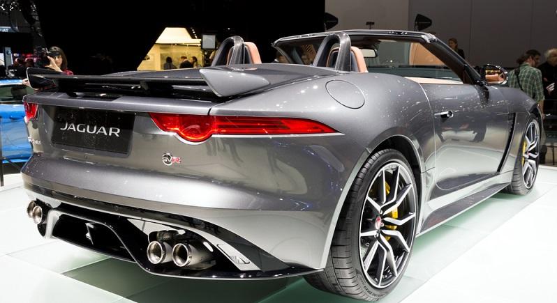 Wer so richtig Spaß haben möchte mit seinem Sportwagen aus dem Hause Jaguar, der sollte mit dem Jaguar F-Type 400 Sport die Landstraßen unsicher machen. (#01)