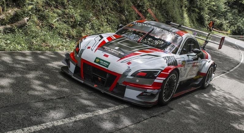 Der deutsche Autobauer entwickelte speziell für diesen Wettbewerb einen eigenen Rennwagen. Dieser basiert auf dem Serienmodell TT. (#02)