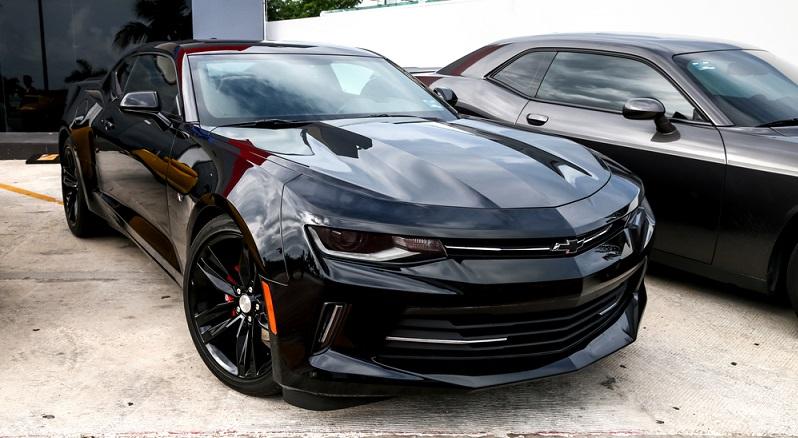 Der Chevrolet Camaro ist für Liebhaber amerikanischer Autos ein absolutes Muss. (#02)