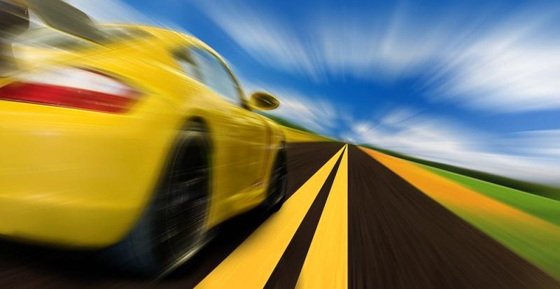 """Kaum ein Sportwagenvermieter wird es gern hören, wenn Sie mit dem Ziel losfahren, das Auto einmal so richtig zu testen und es """"auszufahren"""".(#02)"""