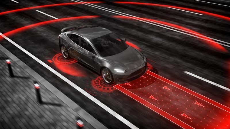Um das Fahrzeug zu steuern, kommt ein In-Vehicle-Server zum Einsatz. (#05)