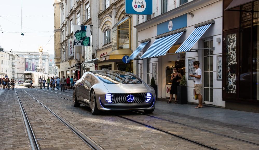 Komfort und autonome Fahrweise: der Mercedes F 015. (Foto: Mercedes-Benz, #2)